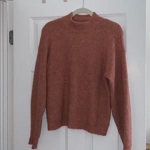 Thick mock neck cropped sweater